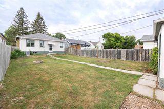 Photo 2: 215 Neil Avenue in Winnipeg: Residential for sale (3D)  : MLS®# 202116812