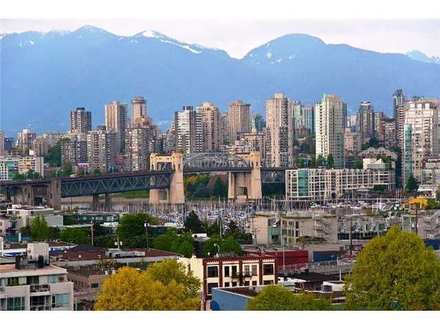 """Main Photo: 1004 2288 PINE Street in Vancouver: Fairview VW Condo for sale in """"THE FAIRVIEW"""" (Vancouver West)  : MLS®# V891360"""