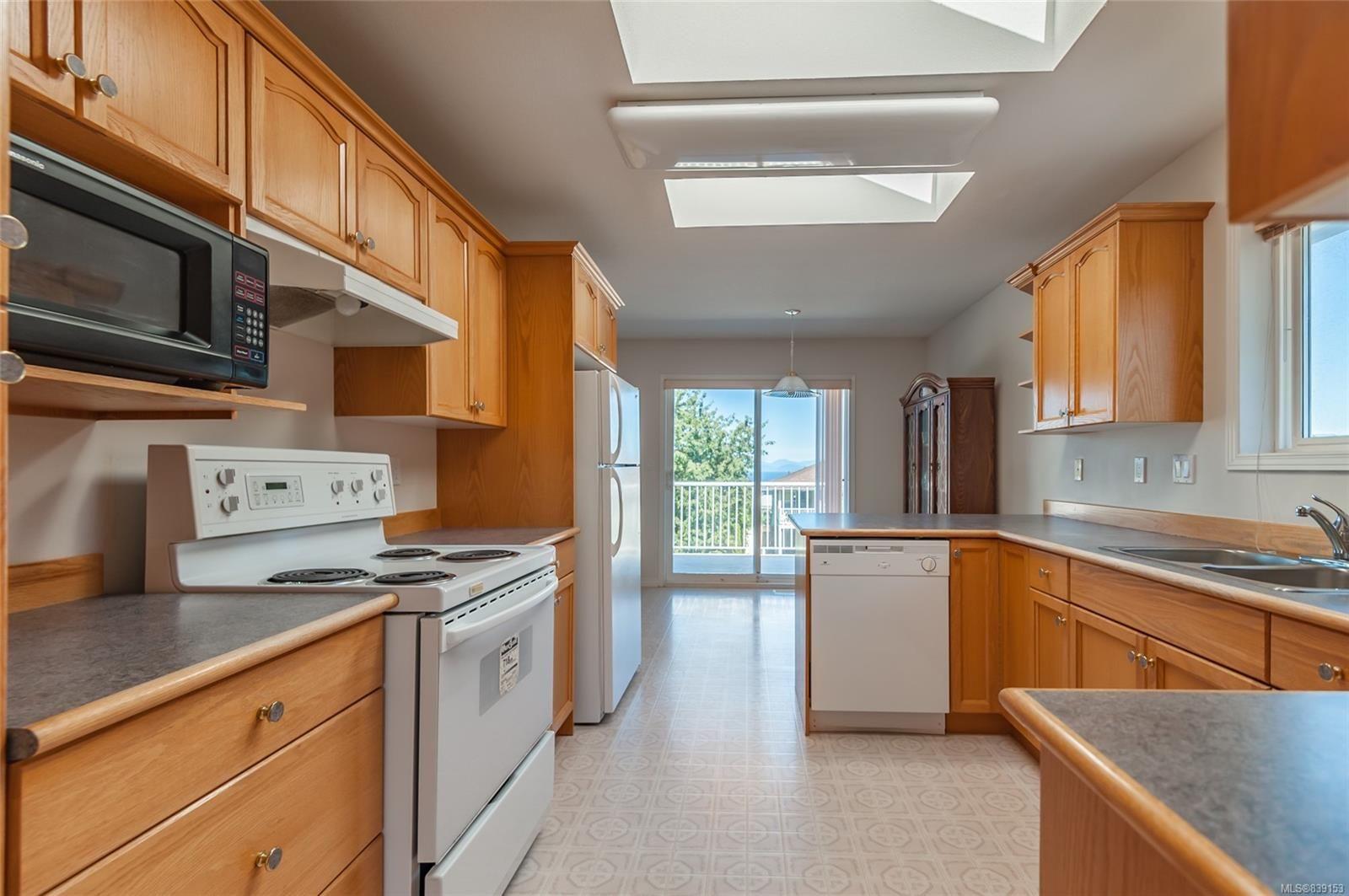 Photo 7: Photos: 6412 Dover Rd in NANAIMO: Na North Nanaimo House for sale (Nanaimo)  : MLS®# 839153