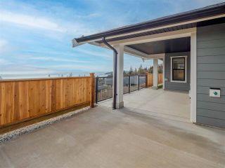 Photo 16: 6064 COWRIE Street in Sechelt: Sechelt District House for sale (Sunshine Coast)  : MLS®# R2623152