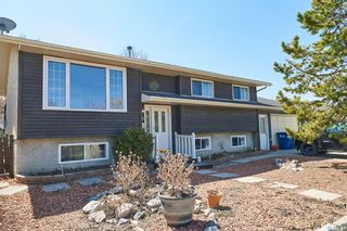 Main Photo: 15 HARVEST Bay in Grand Coulee: Residential for sale : MLS®# SK852284