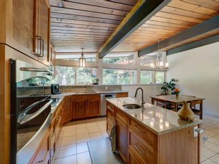 Photo 6: 628 KING Road in Gibsons: Gibsons & Area House for sale (Sunshine Coast)  : MLS®# R2596005