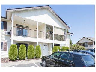 """Photo 3: 43 32959 GEORGE FERGUSON Way in Abbotsford: Central Abbotsford Townhouse for sale in """"Oakhurst Park"""" : MLS®# R2605483"""