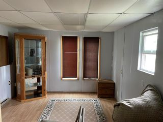Photo 5: 20 Springwood Drive in Winnipeg: South Glen Residential for sale (2F)  : MLS®# 202122771
