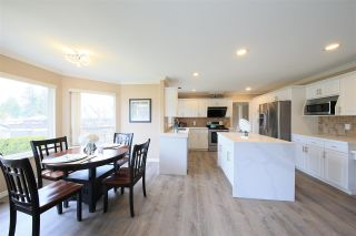 Photo 10: 1415 BRISBANE Avenue in Coquitlam: Harbour Chines House for sale : MLS®# R2544626