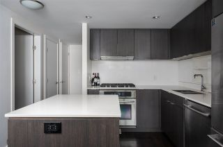 Photo 7: 701 111 E 1ST AVENUE in Vancouver: Mount Pleasant VE Condo for sale (Vancouver East)  : MLS®# R2474344