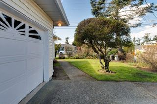 Photo 35: 10193 Fifth St in : Si Sidney North-East Half Duplex for sale (Sidney)  : MLS®# 870750