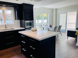 Photo 1: 204 3028 ARBUTUS Street in Vancouver: Kitsilano Condo for sale (Vancouver West)  : MLS®# R2561785