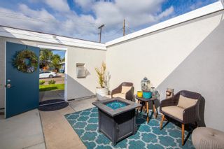 Photo 5: CLAIREMONT House for sale : 3 bedrooms : 6967 Beagle St in San Diego