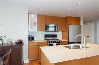 """Photo 8: 1503 7371 WESTMINSTER Highway in Richmond: Brighouse Condo for sale in """"Lotus"""" : MLS®# R2135677"""