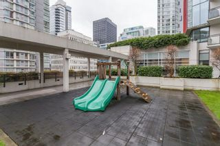 """Photo 18: 1202 1211 MELVILLE Street in Vancouver: Coal Harbour Condo for sale in """"The Ritz"""" (Vancouver West)  : MLS®# R2223413"""