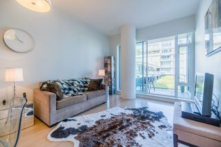 "Photo 11: 511 1633 ONTARIO Street in Vancouver: False Creek Condo for sale in ""KAYAK"" (Vancouver West)  : MLS®# R2257979"