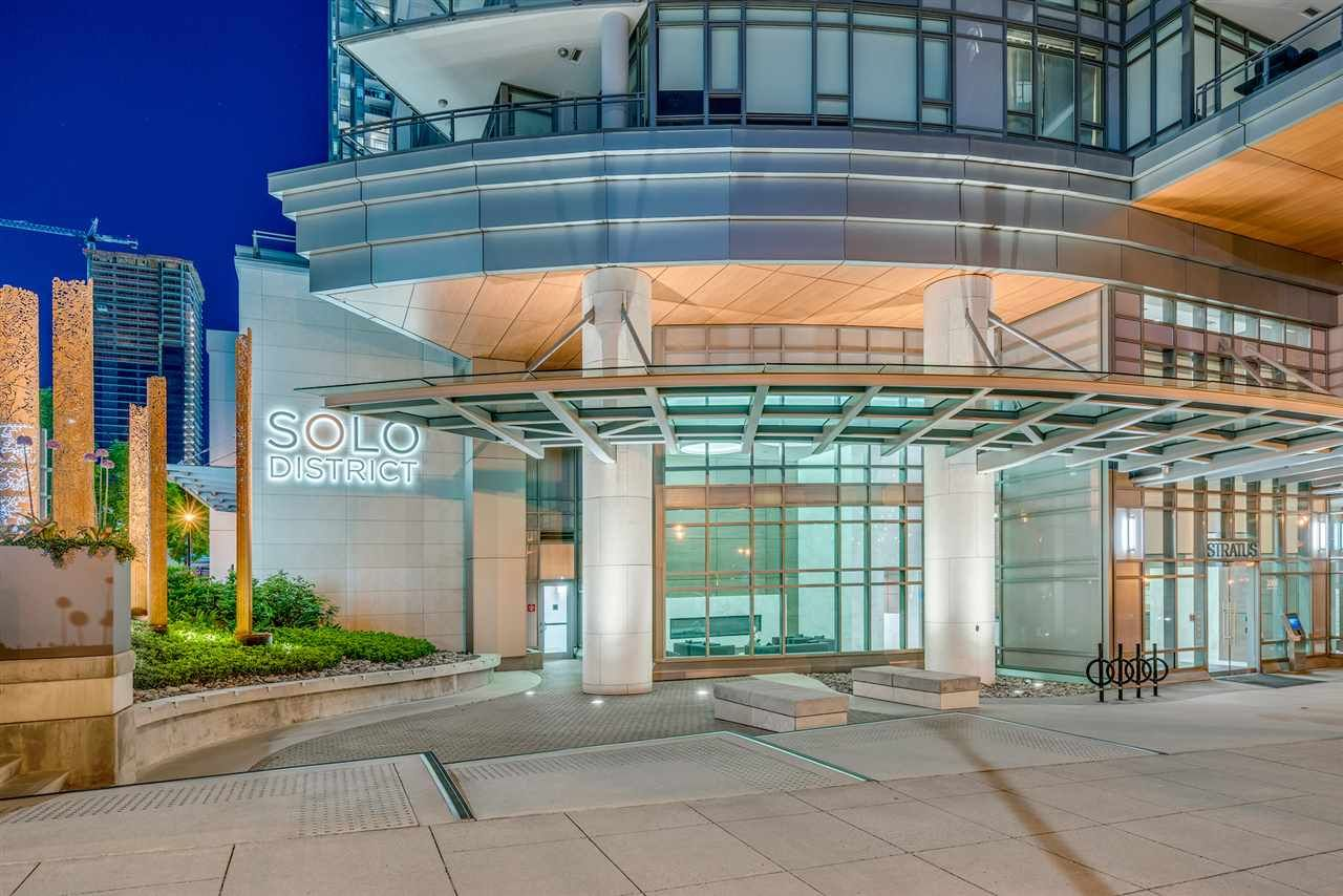 """Main Photo: 1910 2008 ROSSER Avenue in Burnaby: Brentwood Park Condo for sale in """"STRATUS-SOLO DISTRICT"""" (Burnaby North)  : MLS®# R2313474"""