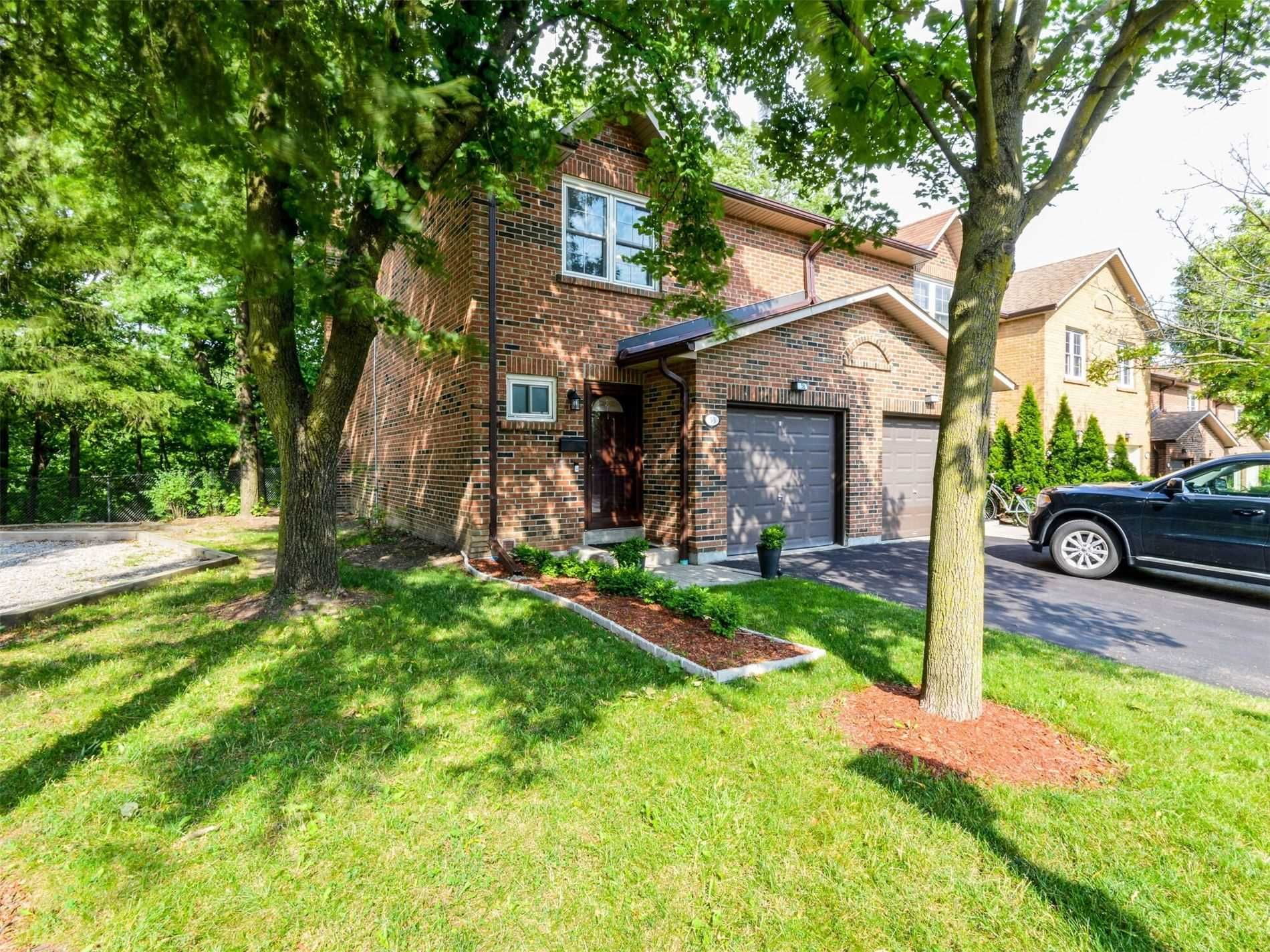 Main Photo: 53 2120 Rathburn Road in Mississauga: Rathwood Condo for sale : MLS®# W5310866