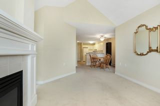 """Photo 3: 416 960 LYNN VALLEY Road in North Vancouver: Lynn Valley Condo for sale in """"Balmoral House"""" : MLS®# R2162251"""