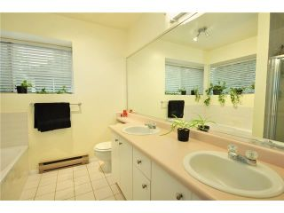"""Photo 8: 2218 PORTSIDE CT in Vancouver: Fraserview VE Condo for sale in """"RIVERSIDE TERRACE"""" (Vancouver East)  : MLS®# V819139"""
