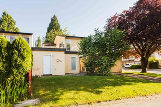 Photo 3: 3000 ALDERBROOK Place in Coquitlam: Meadow Brook House for sale : MLS®# R2594866
