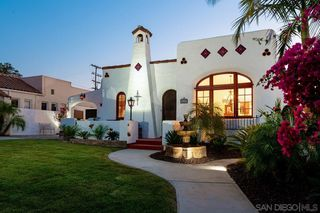 Photo 2: KENSINGTON House for sale : 3 bedrooms : 4684 Biona Drive in San Diego