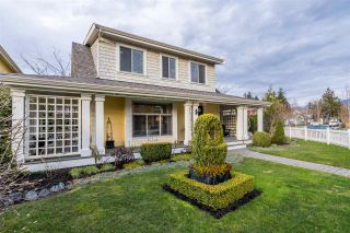 "Photo 4: 45245 CHEHALIS Drive in Chilliwack: Vedder S Watson-Promontory House for sale in ""Garrison Crossing"" (Sardis)  : MLS®# R2543731"