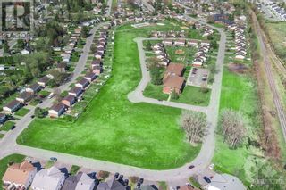 Photo 3: Lot 84 PORTELANCE AVENUE in Hawkesbury: Vacant Land for sale : MLS®# 1238632