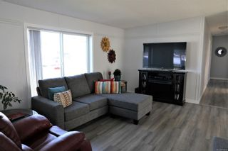 Photo 2: 117 4714 Muir Rd in : CV Courtenay East Manufactured Home for sale (Comox Valley)  : MLS®# 870233