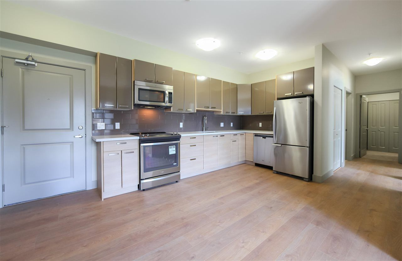 """Main Photo: 301 6875 DUNBLANE Avenue in Burnaby: Metrotown Condo for sale in """"Subora"""" (Burnaby South)  : MLS®# R2583475"""