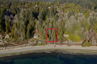 "Photo 5: Lot 4 OCEAN BEACH Esplanade in Gibsons: Gibsons & Area Land for sale in ""Bonniebrook/Chaster Beach"" (Sunshine Coast)  : MLS®# R2347212"