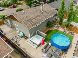 Photo 3: 104 Westwood Drive SW in Calgary: Westgate Detached for sale : MLS®# A1117612