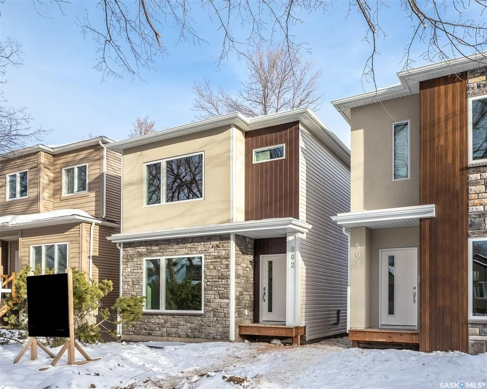 Main Photo: 802B 6th Avenue North in Saskatoon: City Park Residential for sale : MLS®# SK841864