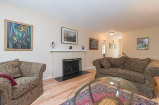 Photo 5: 2717 Roseberry Ave in : Vi Oaklands House for sale (Victoria)  : MLS®# 875406