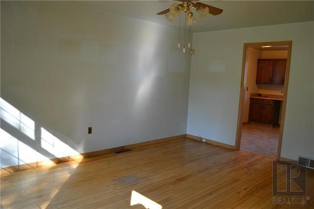 Photo 3: Photos: 255 Dollard Boulevard in Winnipeg: St Boniface Residential for sale (2A)  : MLS®# 1825820