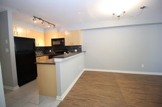 """Photo 4: 209 20750 DUNCAN Way in Langley: Langley City Condo for sale in """"Fairfield Lane"""" : MLS®# R2401176"""
