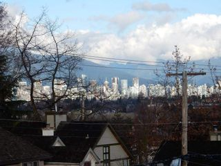 """Photo 14: 3535 W 19TH Avenue in Vancouver: Dunbar House for sale in """"DUNBAR"""" (Vancouver West)  : MLS®# R2036245"""