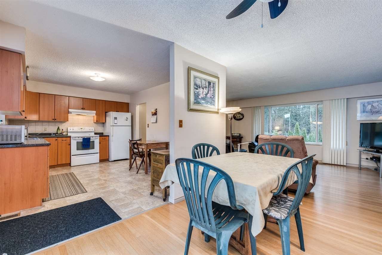 Photo 9: Photos: 3655 COAST MERIDIAN Road in Port Coquitlam: Glenwood PQ House for sale : MLS®# R2528909