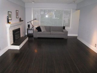 Photo 2: 2779 W 33RD Avenue in Vancouver: MacKenzie Heights House for sale (Vancouver West)  : MLS®# V855762