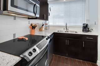 """Photo 8: TH 224 2108 ROWLAND Street in Port Coquitlam: Central Pt Coquitlam Townhouse for sale in """"AVIVA AT THE PARK"""" : MLS®# R2231889"""
