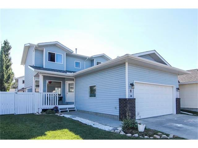 Main Photo: 8 SUN RIDGE Close NW: Airdrie House for sale : MLS®# C4048800