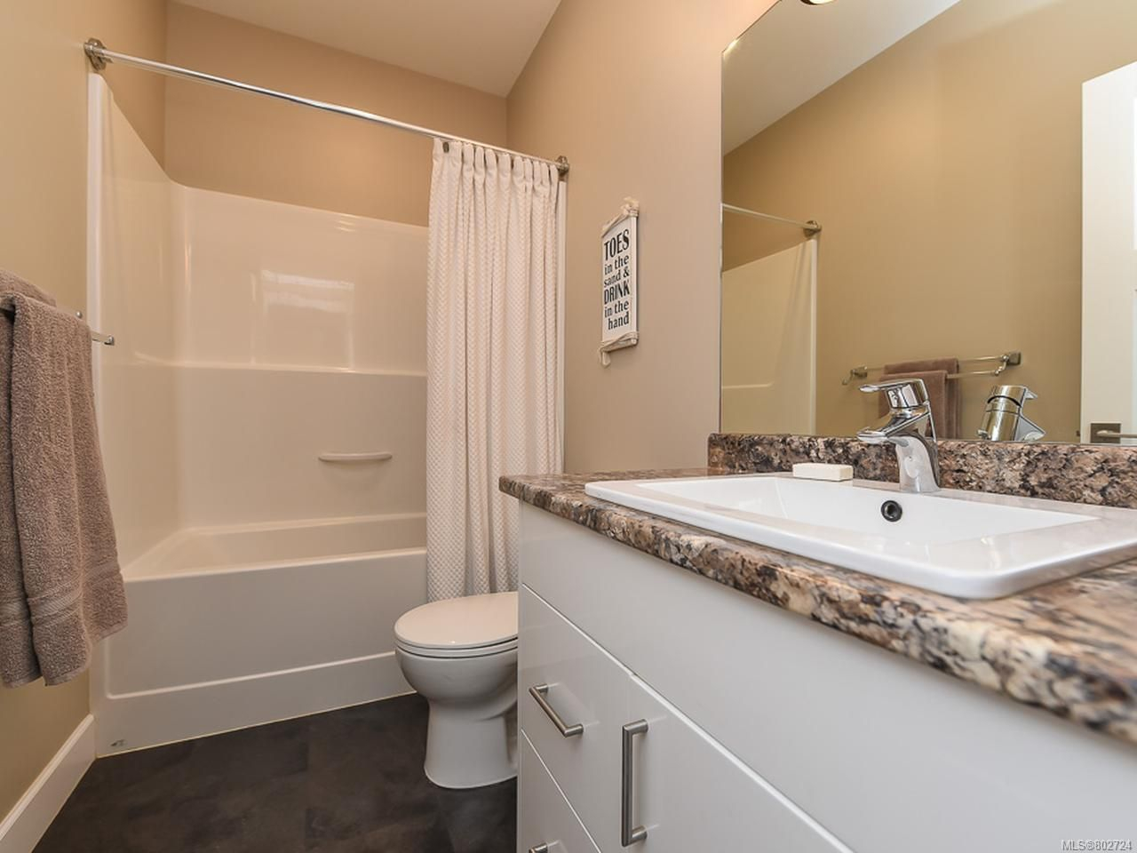 Photo 17: Photos: 106 2883 Muir Rd in COURTENAY: CV Courtenay East House for sale (Comox Valley)  : MLS®# 802724