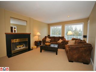 """Photo 6: 5938 190A Street in Surrey: Cloverdale BC House for sale in """"Rosewood Park"""" (Cloverdale)  : MLS®# F1007031"""