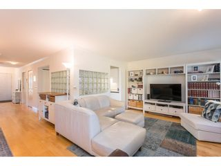 """Photo 8: 18 16016 82 Avenue in Surrey: Fleetwood Tynehead Townhouse for sale in """"Maple Court"""" : MLS®# R2497263"""