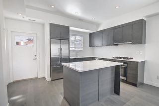 Photo 3: 202 1818 14A Street SW in Calgary: Bankview Row/Townhouse for sale : MLS®# A1115942