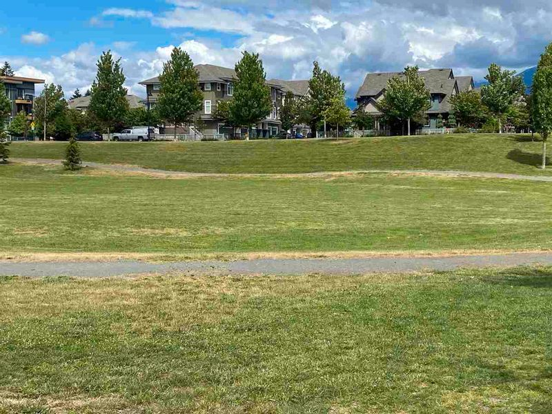 FEATURED LISTING: 44482 FRESHWATER Drive Chilliwack