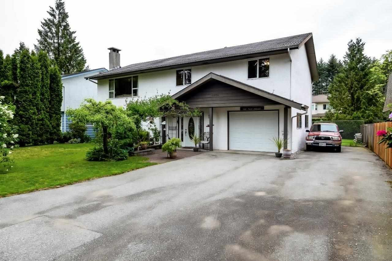 Main Photo: 2038 CASANO Drive in North Vancouver: Westlynn House for sale : MLS®# R2270711