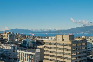 """Photo 2: 1101 1633 W 10TH Avenue in Vancouver: Fairview VW Condo for sale in """"HENNESSY HOUSE"""" (Vancouver West)  : MLS®# R2132652"""