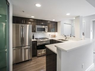 """Photo 3: 222 678 W 7TH Avenue in Vancouver: Fairview VW Condo for sale in """"LIBERTE"""" (Vancouver West)  : MLS®# V1126235"""