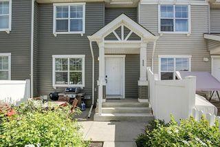 Photo 3: 333 ELGIN Garden SE in Calgary: McKenzie Towne Row/Townhouse for sale : MLS®# C4249507