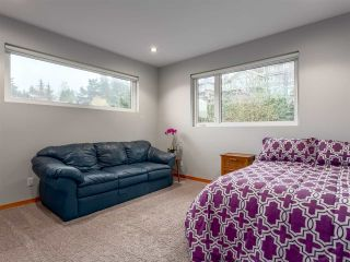 "Photo 12: 1056 JAY Crescent in Squamish: Garibaldi Highlands House for sale in ""Thunderbird Creek"" : MLS®# R2181297"