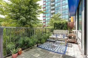 """Photo 10: CH2 6658 DOW Avenue in Burnaby: Metrotown Townhouse for sale in """"MODA"""" (Burnaby South)  : MLS®# R2226331"""