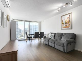 """Photo 4: 1316 7988 ACKROYD Road in Richmond: Brighouse Condo for sale in """"QUINTET"""" : MLS®# R2159738"""