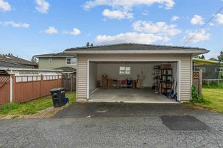 """Photo 20: 4566 BARKER Avenue in Burnaby: Burnaby Hospital 1/2 Duplex for sale in """"THE DRIVE BY ONNI"""" (Burnaby South)  : MLS®# R2587872"""